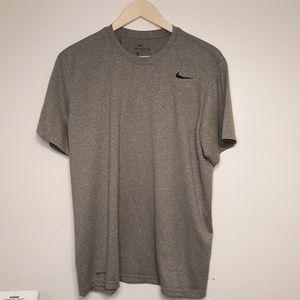 NWOT Nike Short Sleeve Tee